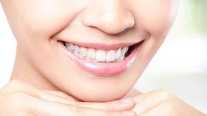 Зачем полоскать рот перекисью водорода