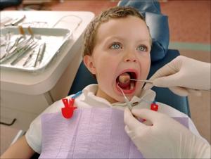 Что это – белые болячки во рту