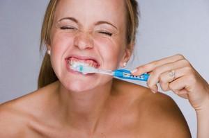 Какими способами укрепить зубы