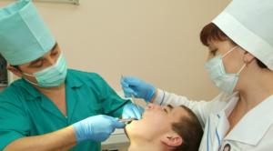 Описание процесса простого и сложного удаления зубов мудрости